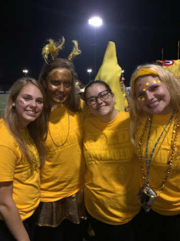 Arrowhead Student Section Goes Gold For G9