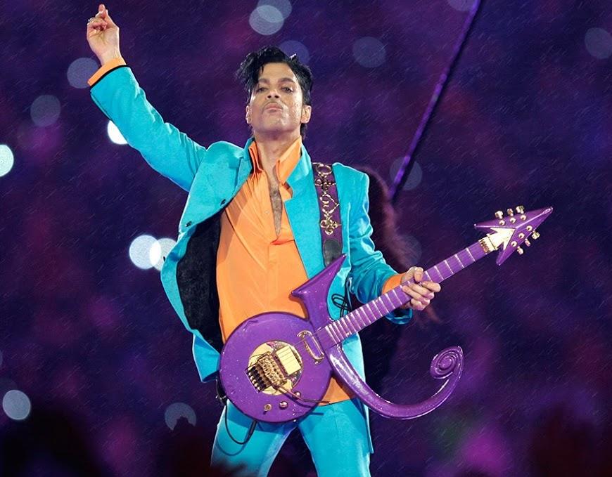 Prince performing Purple Rain at the Super Bowl XLI Half-time Show at Sun Life Stadium in Miami, FL. (January 4, 2007)