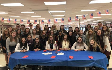 Rho Kappa Students Host Veterans Day Breakfast