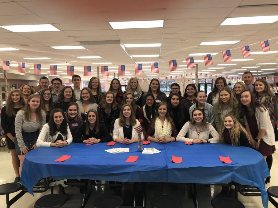 Rho Kappa Students Host Veterans Day Breakfast
