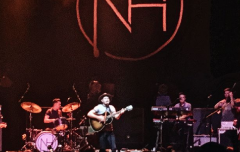 "Ex-One Direction Member Niall Horan Brings ""Flicker Sessions"" to Chicago"